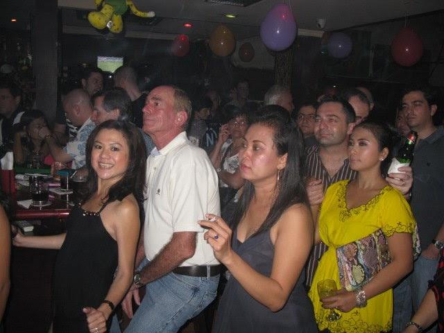 Vietnamese karaoke bar - 2 2