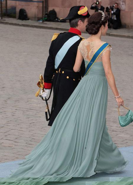 Crown Princess Victoria: Crown Princess Mary at Royal Wedding