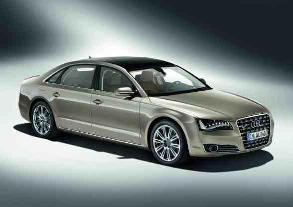 Audi A8 W12 Engine. Audi A8 L W12 quattro,