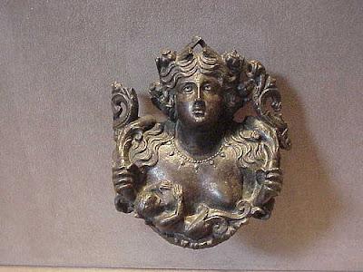 http://1.bp.blogspot.com/_KO4lwcnBZ9A/SbfAou0thWI/AAAAAAAADCk/rlJLLoGfO7Q/s400/bona+dea+bronze.jpg