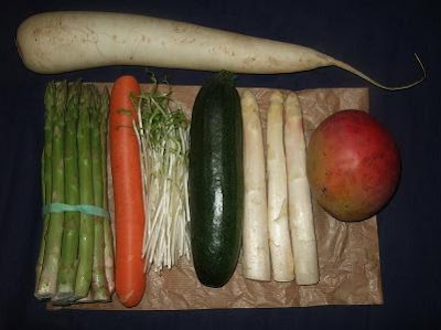 Vegetables and fruit for the &quot;noodles&quot;