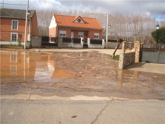Riada 27 de febrero de 2010 Inundaci%C3%B3n270210_06