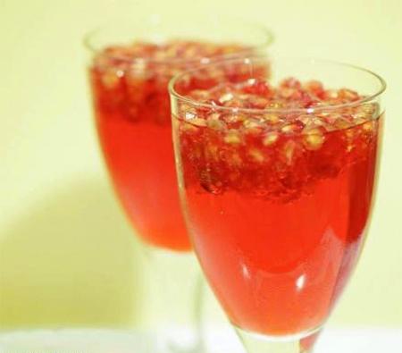تحضير عصير الرمان