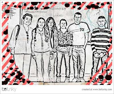 Fotografía de alumnos en forma de dibujo