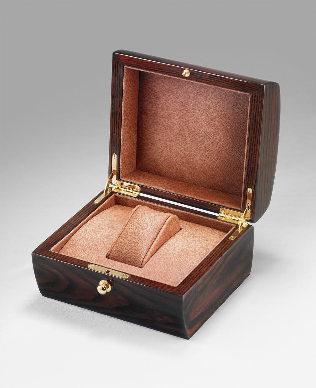 cr ation de produits maroquinerie bagagerie ecrin fabricant de maroquinerie en crins et coffrets. Black Bedroom Furniture Sets. Home Design Ideas