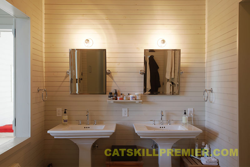 Barn conversion photos interior bathrooms for Barn conversion bathroom ideas