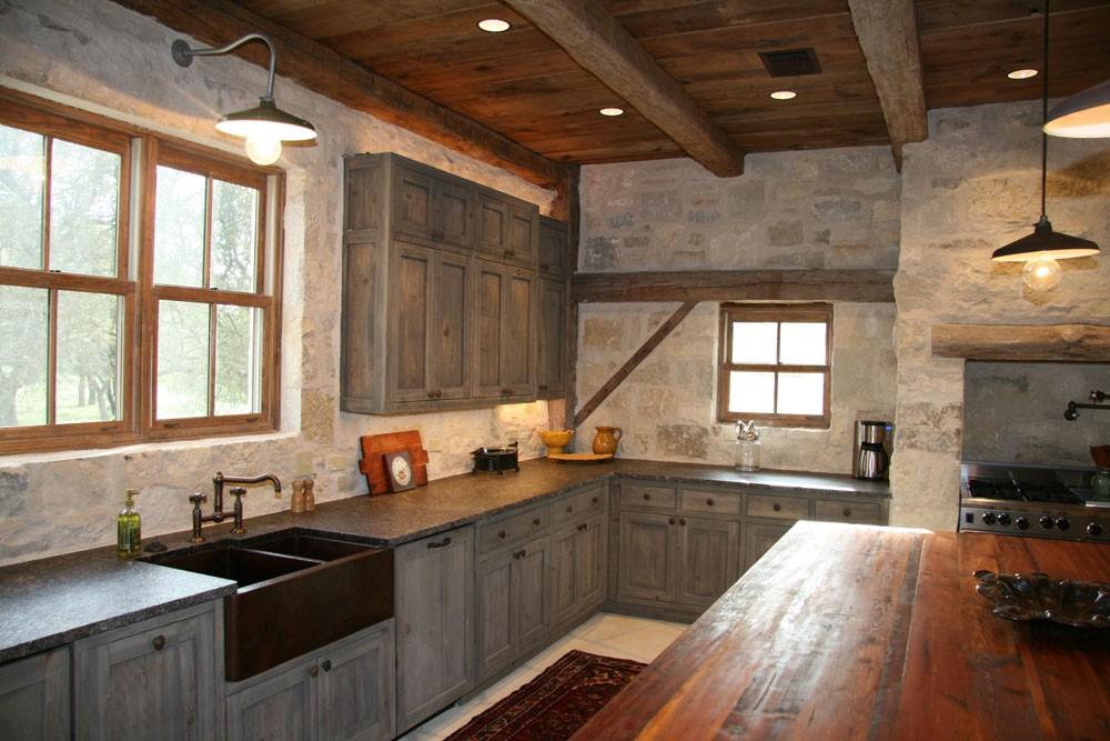 Barn conversion photos interior kitchens for Barn conversion kitchen designs
