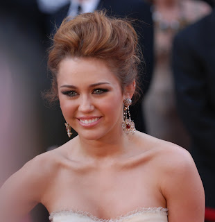 Top 5 Young Female Celebrities: Miley_Cyrus