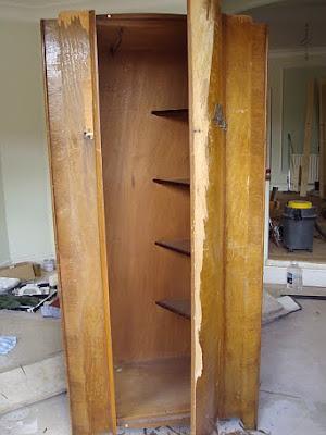 Il legno vive armadio anni 50 sempre di strada - Restaurare un mobile in legno ...