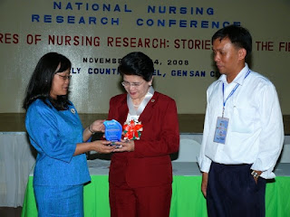 Awarding of Plaque to BON Chairperson Dr. Carmencita Abaquin by Prof. Caster Palaganas and FJ Babate