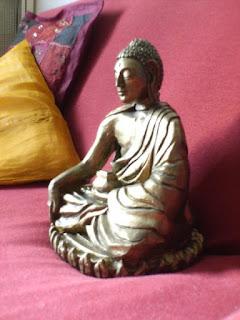 orme magiche sculture scultura buddha akshobya creta fatte a mano artigianato italiano