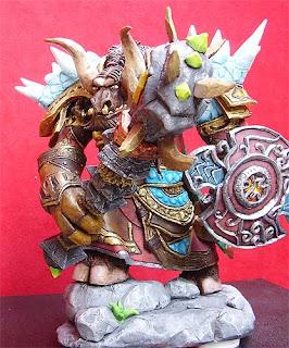 orme magiche sculture su commissione action figure sciamano tauren world of warcraft modellino modellini videogames rpc personalizzate artigianato