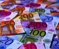 A pénz szanaszét hever