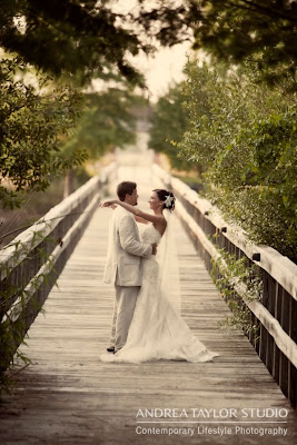 bride groom posed photos florida fun wedding