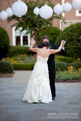 candid emotional documentary photojournalistic wedding photography