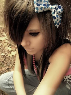 Emo Hairstyles For Teen Girls. Cute Emo Girls Hairstyles