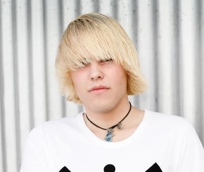 devdocsof emo blonde hair boy