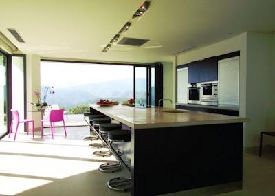 Cocina contemporanea - Simple But Luxurious Homes