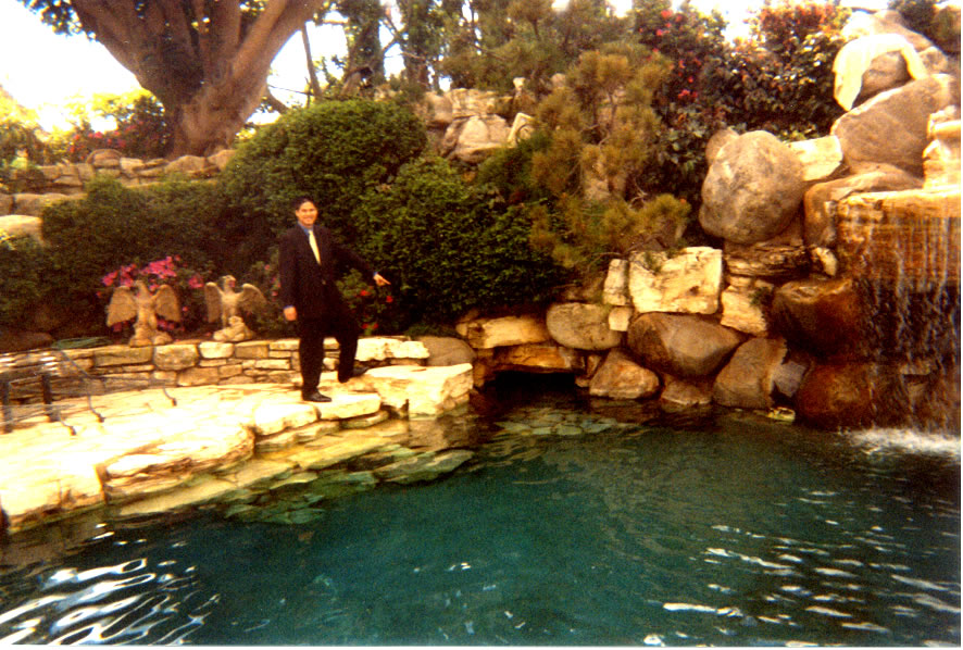 1000  images about playboy mansion on Pinterest | Playboy, Hugh ...