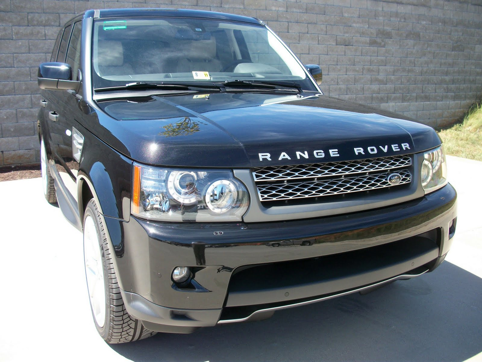 2010 land rover range rover sport supercharged i take pictures of cars. Black Bedroom Furniture Sets. Home Design Ideas