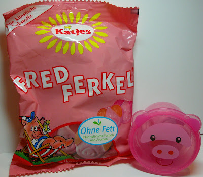 pig+candy.jpg