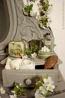 Decoration on an old dressing table