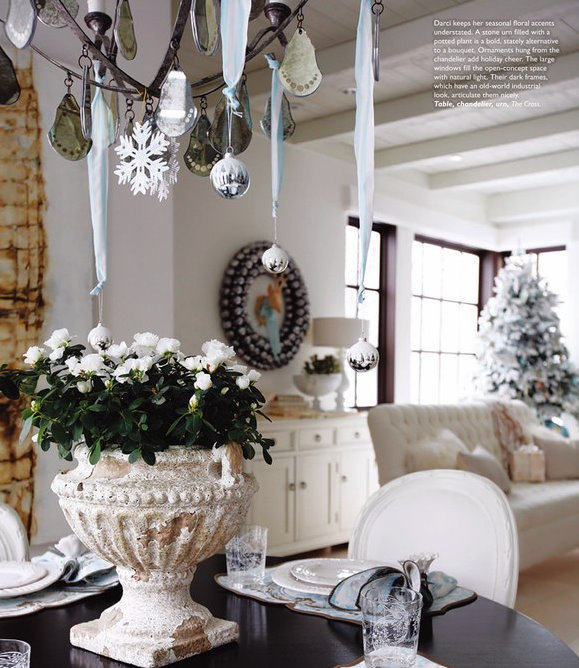 Day 18 decorate the chandelier enjoywithluh day 18 decorate the chandelier aloadofball Image collections