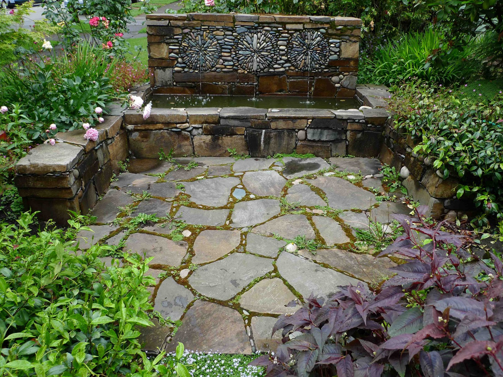 Jeffrey Bales World of Gardens Pebble Mosaic for the Garden