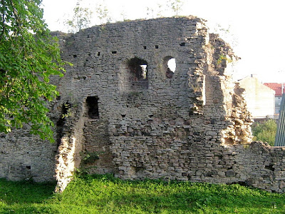 close up of the wall of Haapsalu castle Estonia