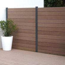 Cr ation agencement d 39 espaces outdoor espace nature jardin for Balustres bois exterieur