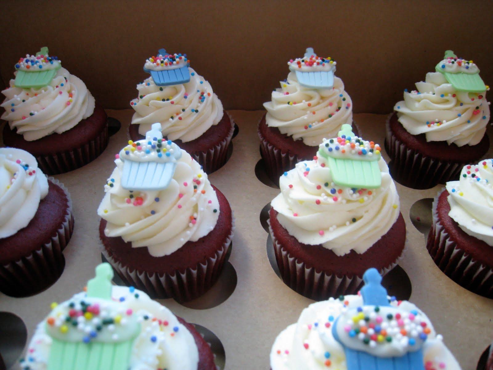 Rose Petals Cakery Birthday Cupcakes