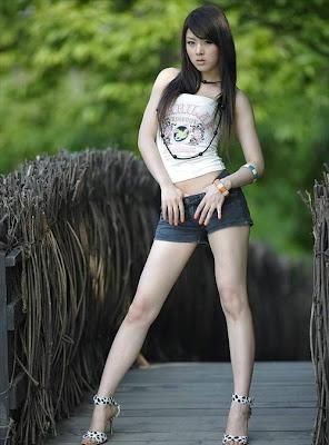 Hwang mi hee abg model bugil dan artis gadis perawan telanjang