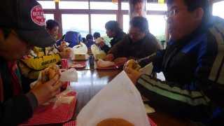道の駅の中で食事