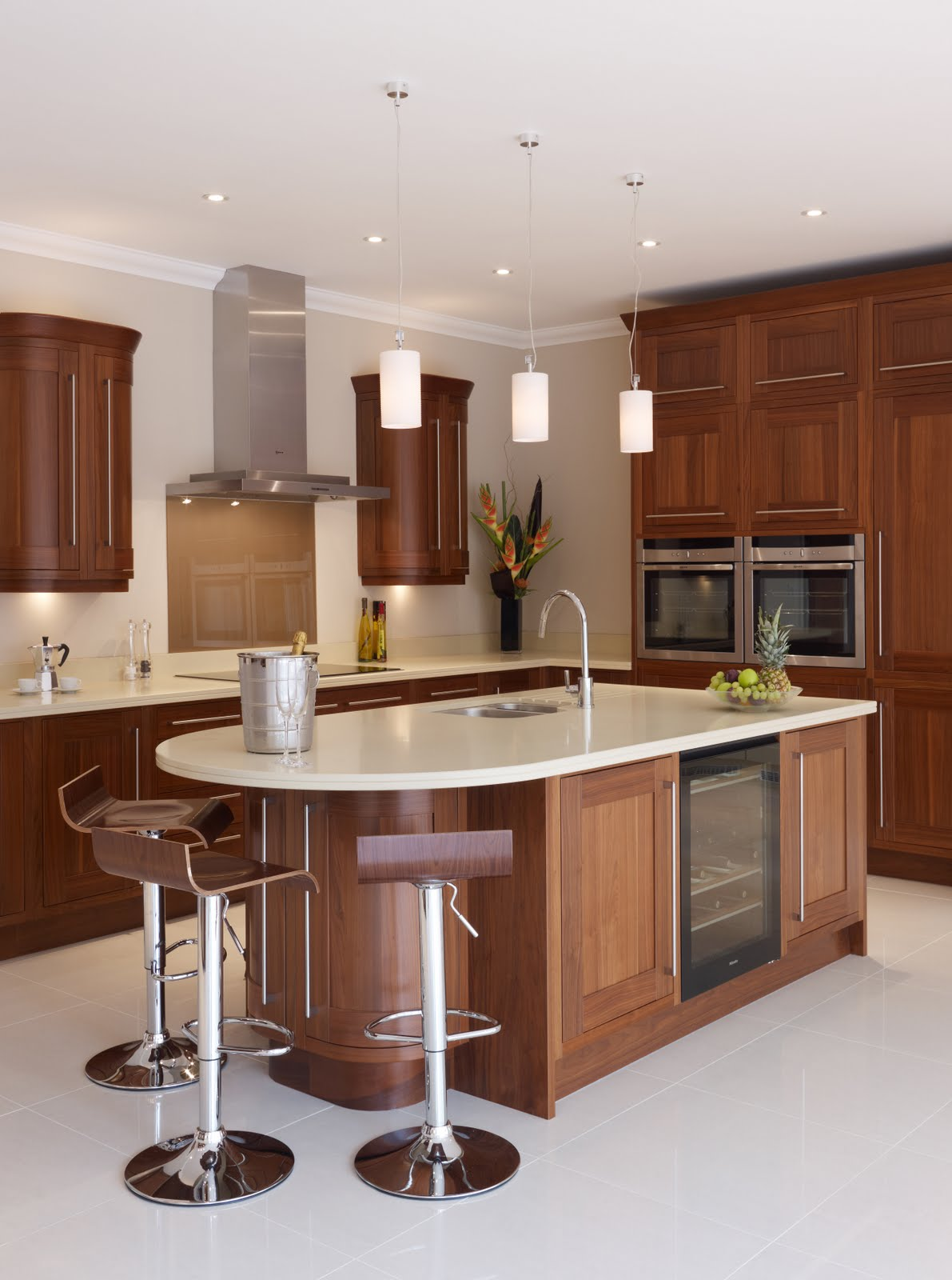 Concept interiors top 10 tips for a stylish yet practical - Island or peninsula kitchen ...