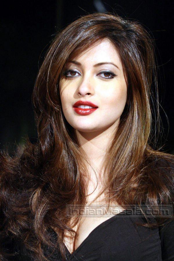 [Bollywood+Actress+Riya+Sen+sexy+hottest+photos+1.jpg]