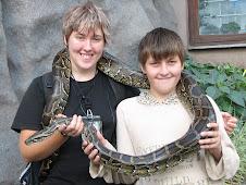 Мы с Сеней и змейка