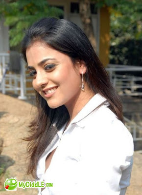 Nisha Agarwal  Hot  in A White Tight Shirt image