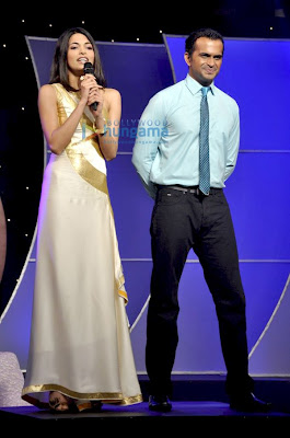 Femina Miss India 2010 Finalists unveils Femina Crown image