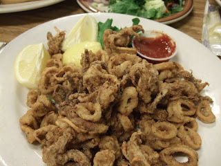 Phils Fish Market on Appetizer Of Calamari  Fried  Way Too Many For A Party Of 4 People