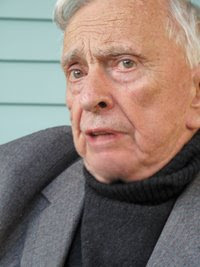 Gore Vidal | Writer Against the Grain