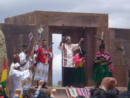 CEREMONIA SIMBOLICA EN TIWANAKU