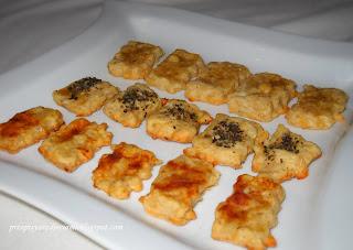 ciastka z żółtym serem