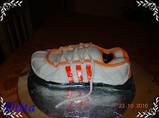 Edzőcipő torta