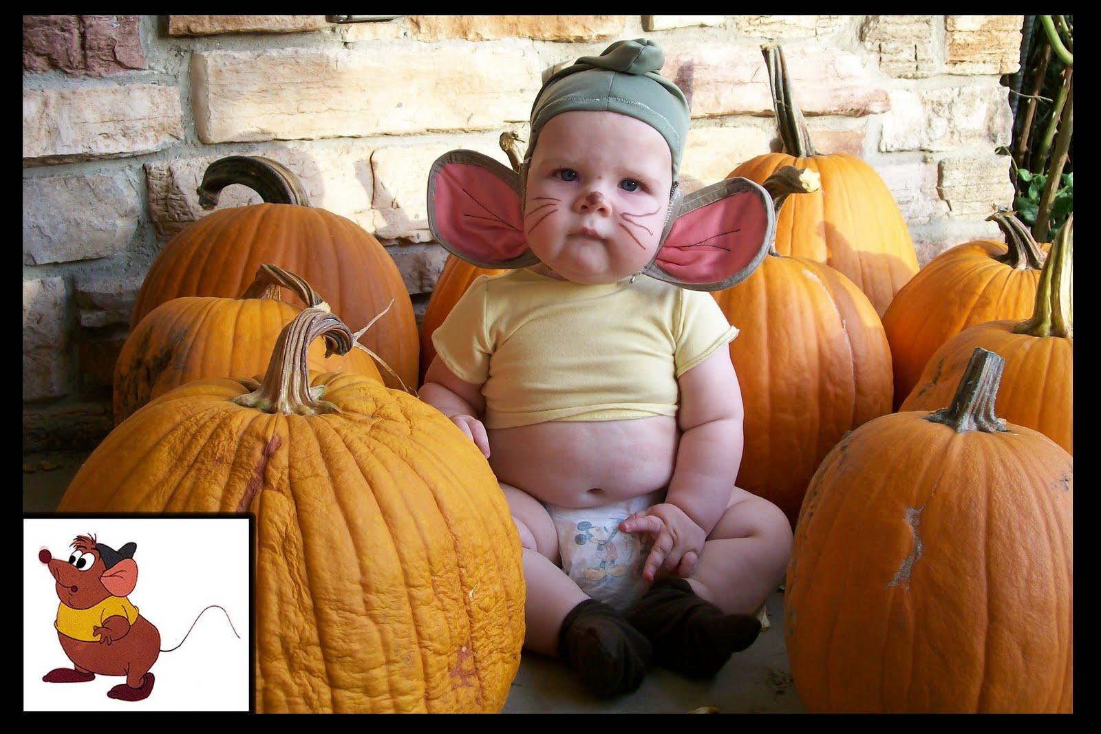 http://1.bp.blogspot.com/_KmOxAjZL5Uk/TFlu7e_ox_I/AAAAAAAAAbE/h99NnzLcRR8/s1600/halloween+contest.jpg