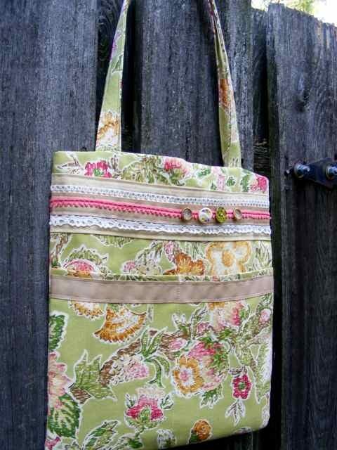 [9-5-09+floral+bag]
