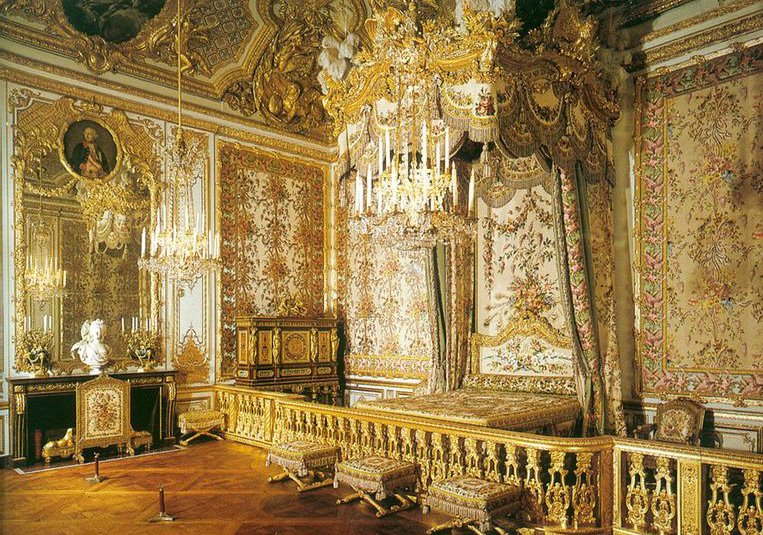 Ultra-mega-luxury-amazing-Rococo-style-royal-bedroom-gold-colored-with-platform-bed-set-dresser-chair-and-stools-and-marvelous-decoration