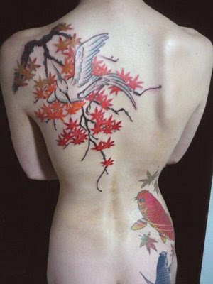 Best Flowers and Bird Japanese tattoo Design. di 9:04 AM