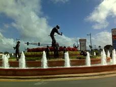 Fuente en avenida de Los Proceres a Roberto Clemente Carolina PR