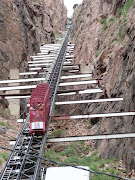 45 degree incline railcar down to river at Royal Gorge 2009