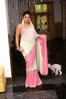 Dilhani Asokamala saree